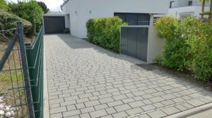 Garteneinfahrt